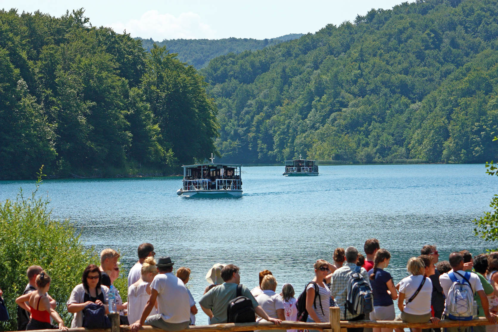 Plitvice Lakes boat tour from Split