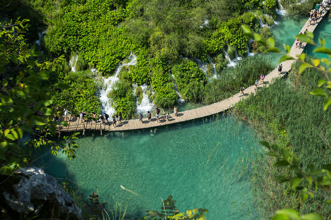 amazing plitvice lakes tour from split
